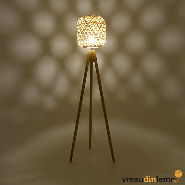 Lampadar din lemn si metal Oia
